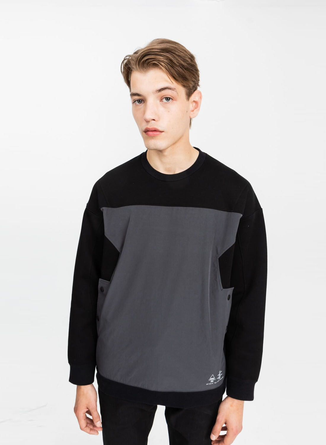 【DENHAM × White Mountaineering】 WM CONTRASTED SWEAT